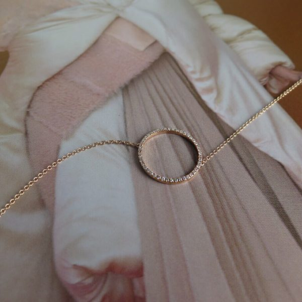 Rose gold and diamondnecklace