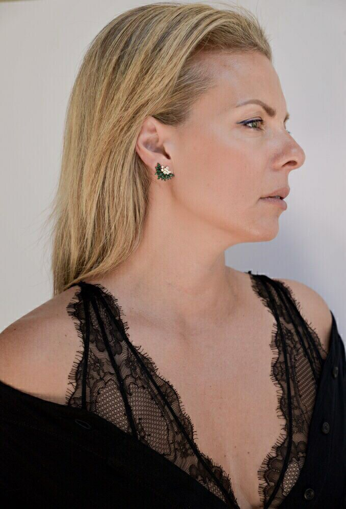 Yellow gold with emerald and diamond earrings 1